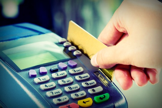 The 6 Dangers Of Using Credit Cards