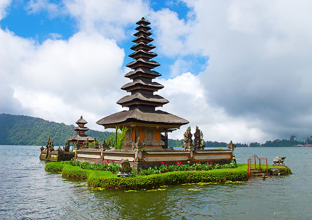 Travel Tips To Indonesia by TourfromBali