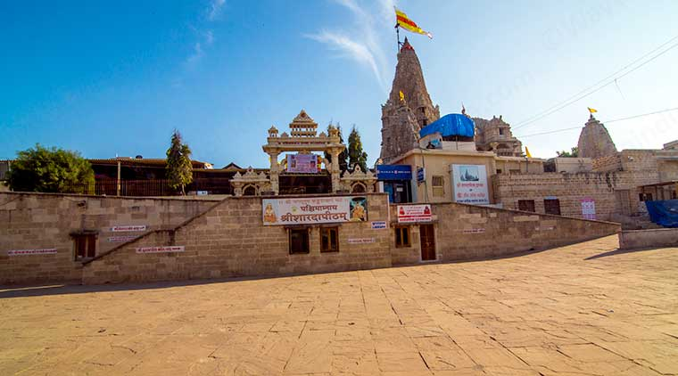 Temple Tour Of Gujarat For Visit To Pilgrim Spots Of Dwarka and Somnath
