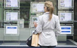 High Borrowing Rates Amongst Young British Women
