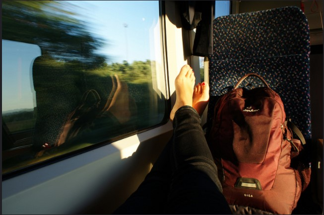 Planes, Buses, Trains and Cars: Choosing The Right Way Of Travelling Over The American Cities