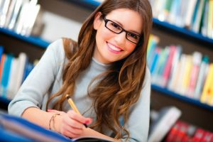 How To Identify An Advanced Coursework Writing Service In UK