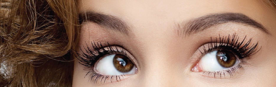 Why Threading Eyebrows Is The Best Option
