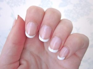 Top 8 Best Nail Polish Colors For A French Manicure
